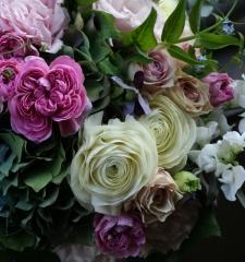 arrangement 16